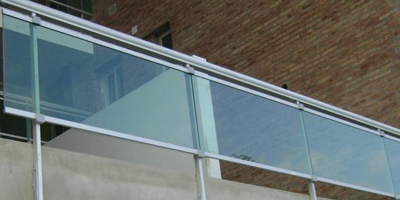 Barandas de vidrio para balcones barandas en vidrio para - Barandas de aluminio ...
